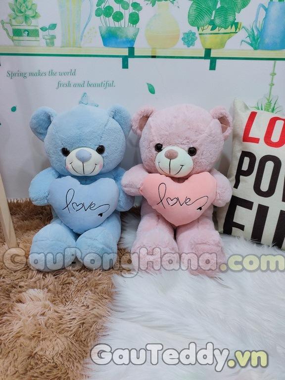 Gấu Bông Ôm Tim Love